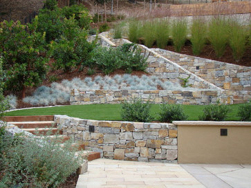 Landscape Blocks On A Slope : Steeply beautiful slope retention live in puget sound