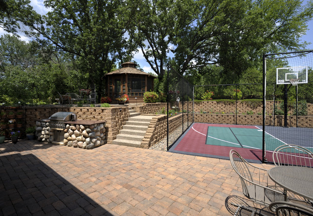 Lake Country Builders traditional-landscape