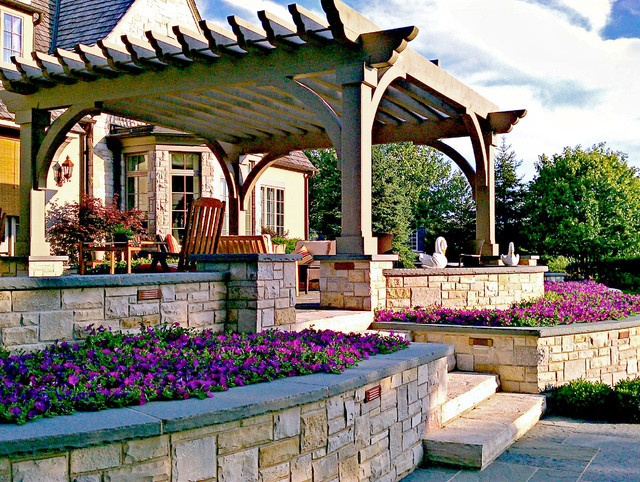 Lake Forest Residence traditional-garden