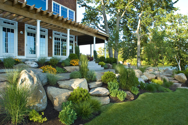 Lake house landscaping ideas pdf for Beach garden designs