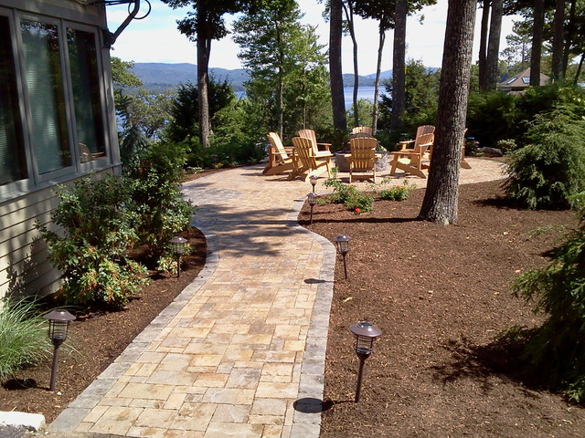 Lakefront patio traditional landscape other metro for Lakefront landscaping photos
