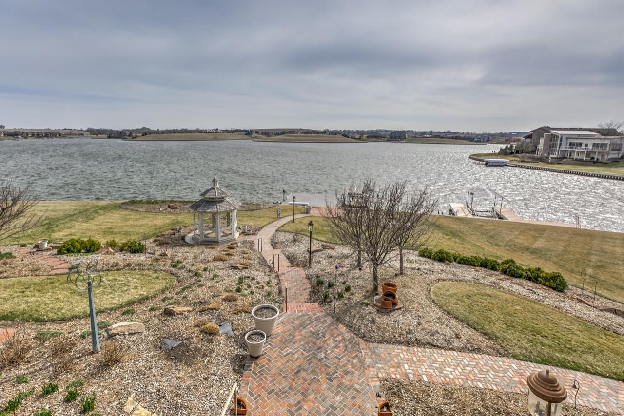 Lakefront ranch - Newport Landing