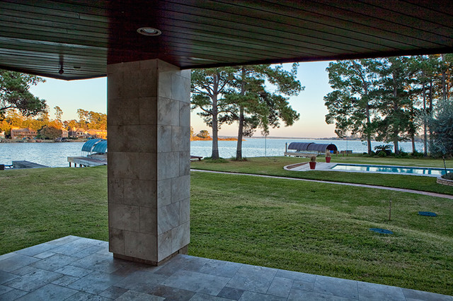 Lakeshore lake house contemporary landscape houston for Lakeshore design builders