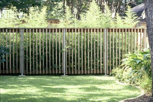 1607944 Lakewood Fence And Gate Modern Garden Dallas on Custom Metal Gate Modern