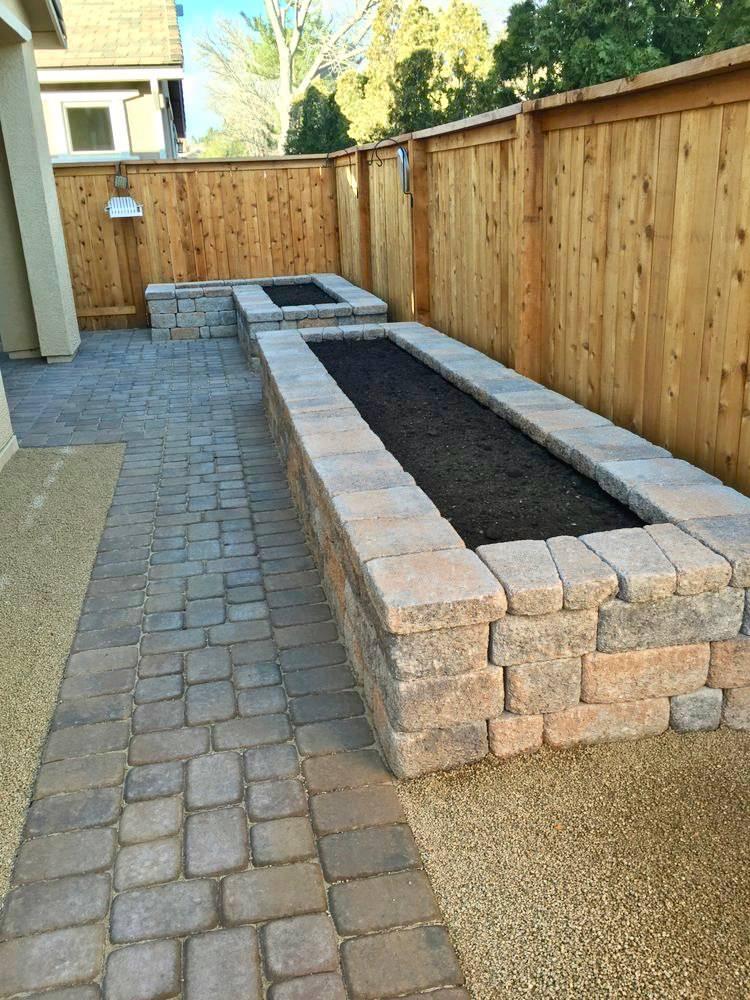 75 Brick Raised Garden Bed Design Ideas, Building A Raised Garden Bed With Bricks