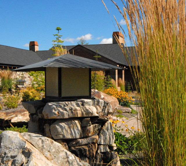 Estate for an Adventurer eclectic-landscape