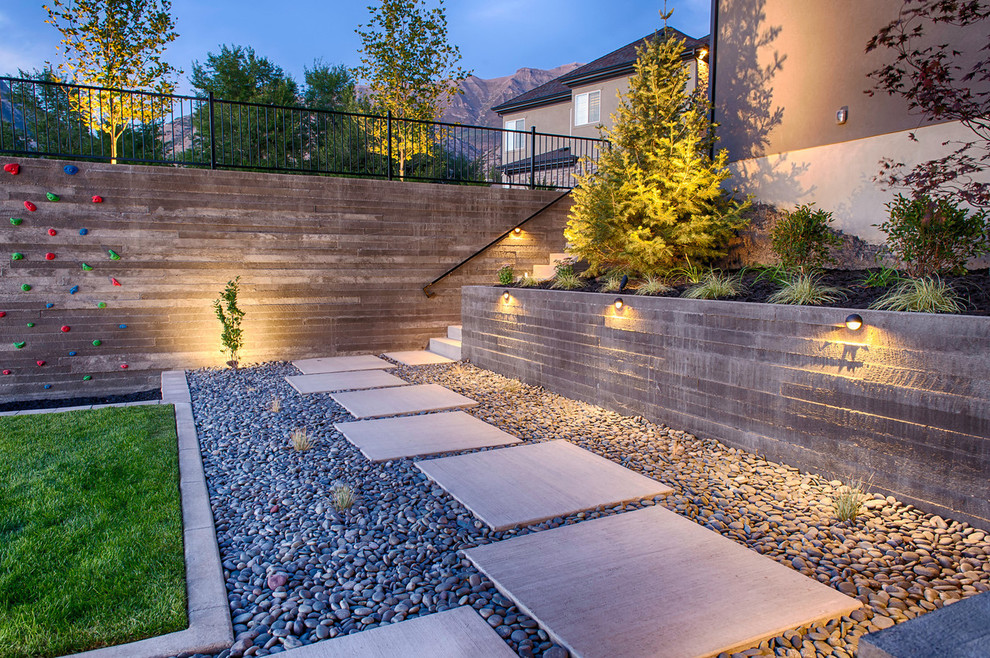 Design ideas for a contemporary backyard landscaping in Salt Lake City.