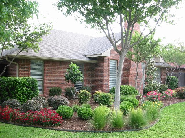 Landscaping dallas traditional landscape dallas by for Home turf texas landscape design llc