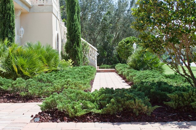 Landscaping Projects traditional-landscape
