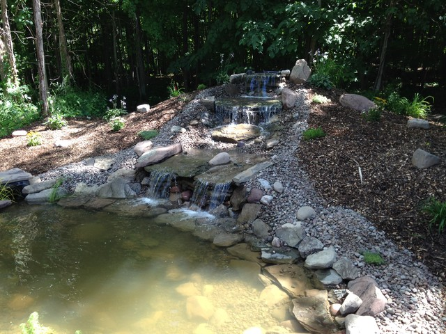 Large pond waterfall feature contemporary landscape for Modern pond waterfall