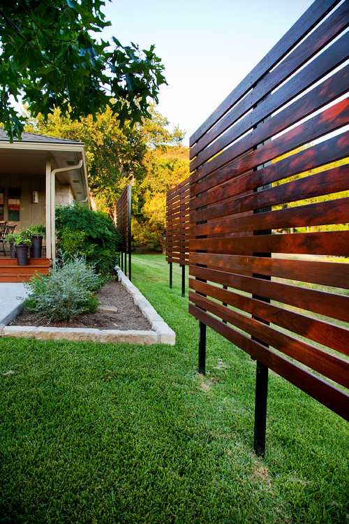 Ideas For Backyard Privacy Screens :  this type of privacy screen be built in your front yard in Austin, TX