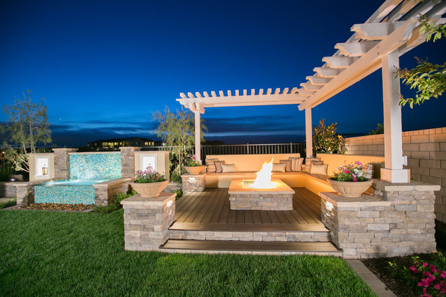 Lavish And Luxurious Outdoor Living Spaces