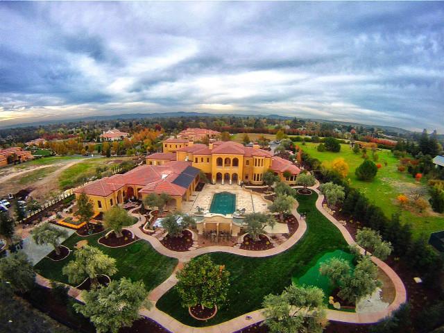 Le Estate mediterranean-landscape