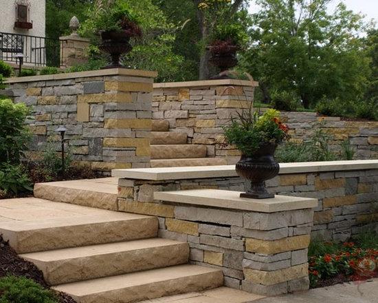 Minneapolis Natural Stone Retaining Wall Home Design Ideas