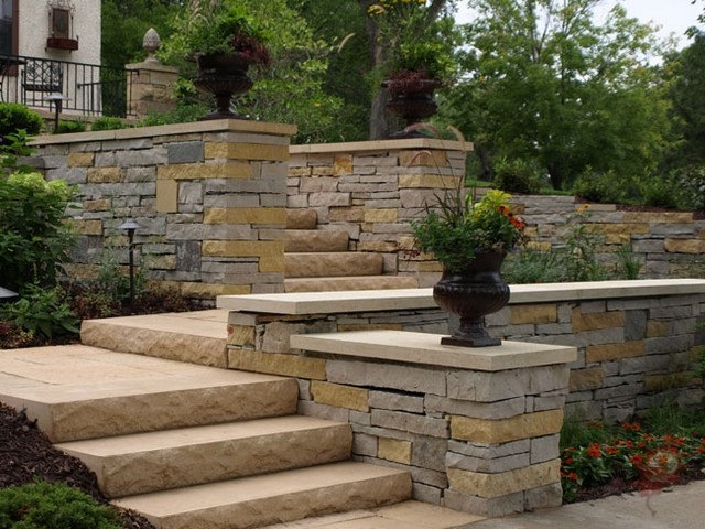 Landscaping With Limestone Blocks : Limestone and dolomite retaining walls traditional
