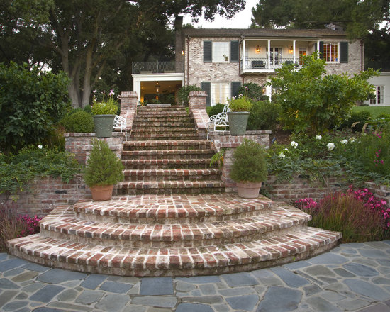 Curved brick steps design ideas pictures remodel and decor for Brick steps design ideas