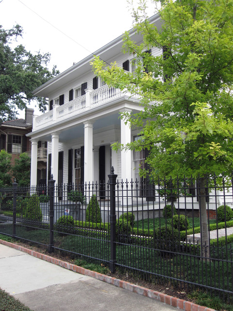 Lower Garden District Residential traditional-landscape