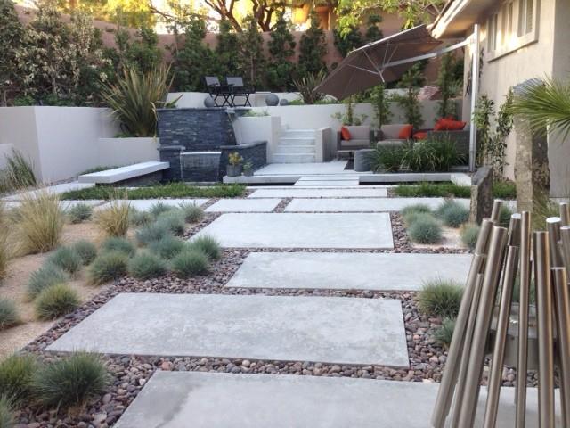 M E Residence Contemporary Landscape Las Vegas By