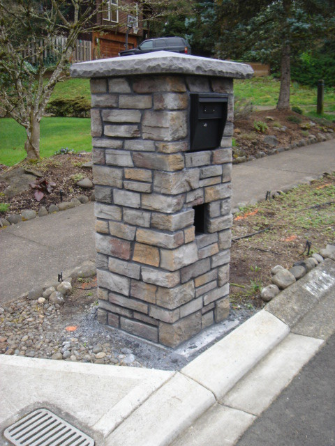 Mailbox Traditional Landscape Portland By Brown