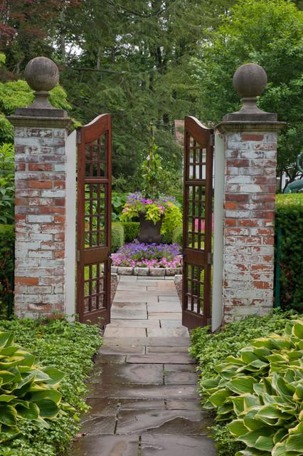 Martell garden cl sico jard n detroit de zaremba for Jardin etroit