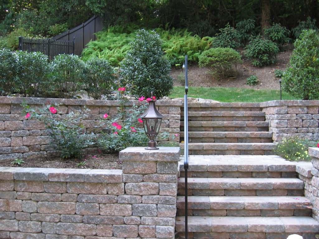 Masonry Designer of Patios, Walls, Walks & Porches