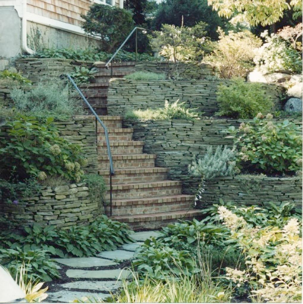 Masonry Installer & Designer of Patios, Waterfalls, Walkways & Porches