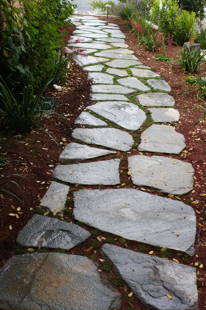 Meandering Flagstone Garden Path Contemporary