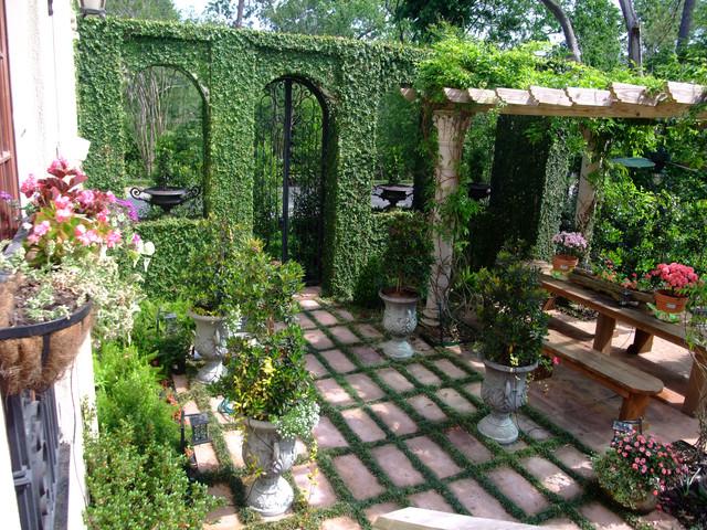 Mediterranean Backyard In Houston Mediterranean Landscape Houston By Nature S Realm