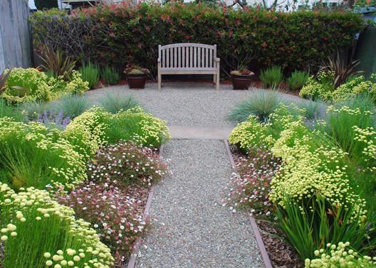 Mediterranean garden for Gravel garden designs