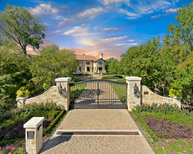 Private residence mediterranean style estate for Spanish style homes for sale in dallas tx