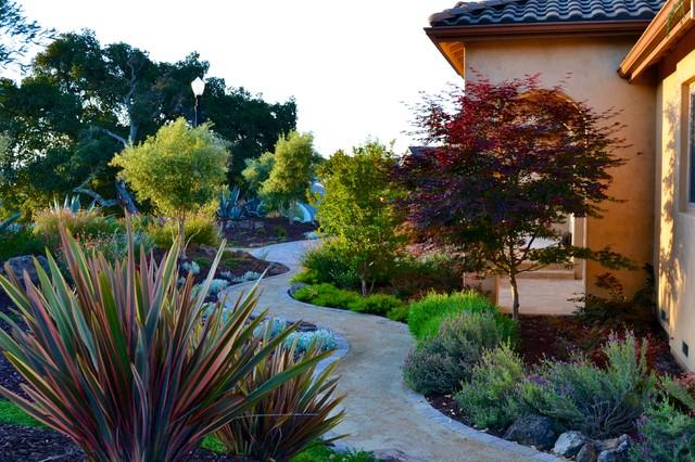 Mediterranean xeriscape garden mediterranean landscape for Xeriscape garden designs