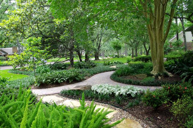 Memorial houston landscapes traditional landscape for Landscape design houston