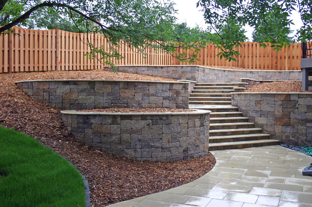 Mendota Heights, MN-Back Yard Project contemporary-landscape