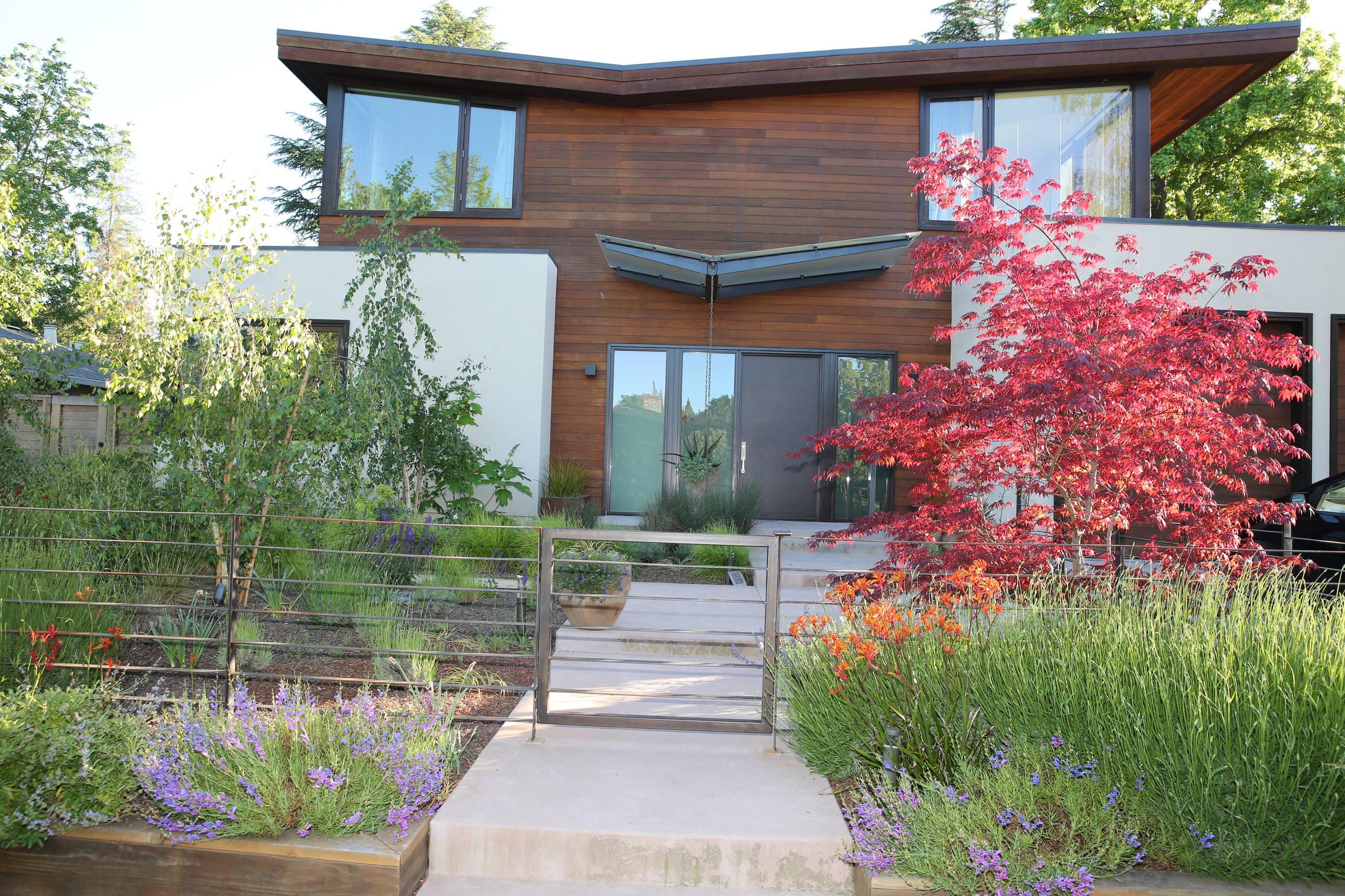 Menlo Park Garden Retreat