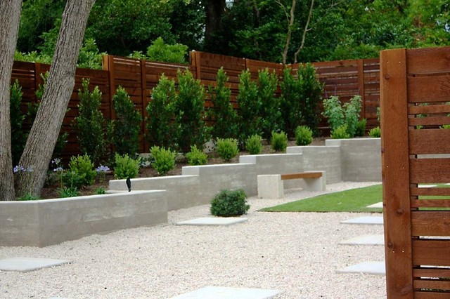 Minimalist backyard modern landscape austin by for Modern yard ideas