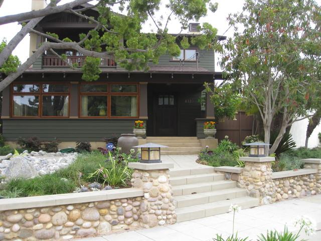 Mission hills craftsman renovation for Craftsman style garden designs