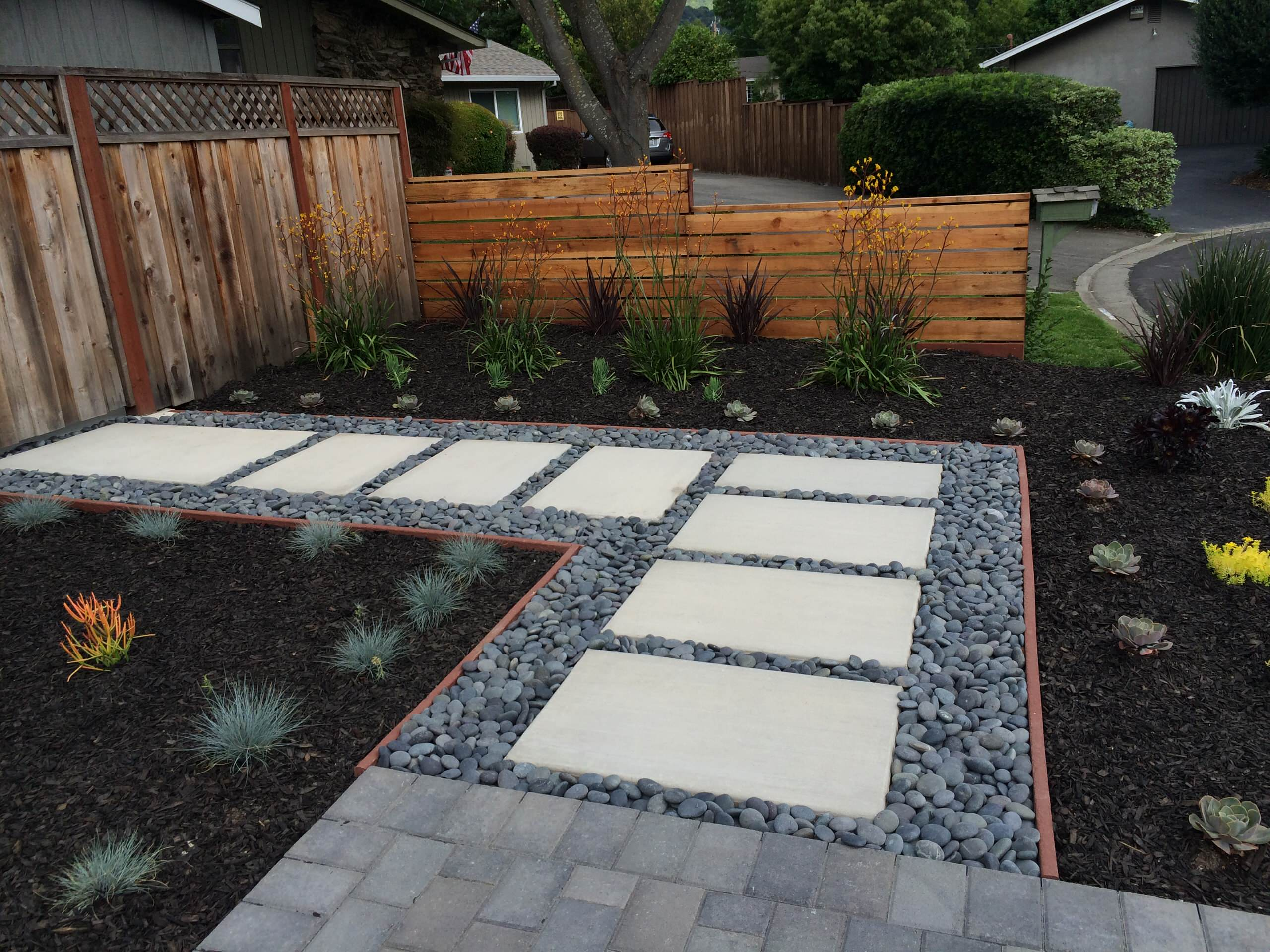 24 Beautiful Black Landscaping Pictures & Ideas - September, 24