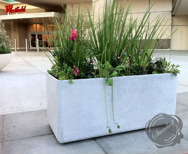 Modern Landscape and Patio Design with Large Modern Garden Planters on modern garden pots, modern garden beds, modern herb garden, modern garden fountains, modern herb planter, modern garden decor, modern garden trees, modern garden plants, modern garden statues, modern garden pools, modern garden arbors, modern garden tractors, modern garden art, modern garden trellis, modern garden walkways, modern garden home, modern garden lamps, modern garden signage, modern garden mirrors, modern garden tools,