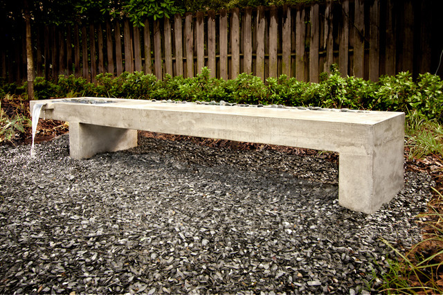 Gentil Inspiration For A Mid Sized Modern Partial Sun Backyard Gravel Landscaping  In Atlanta.