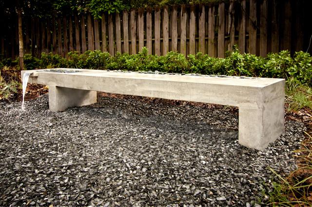 Gentil Inspiration For A Mid Sized Modern Partial Sun Backyard Gravel Landscaping  In Atlanta.