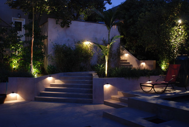 Modern staircase lighting contemporary landscape los for Garden lighting designs
