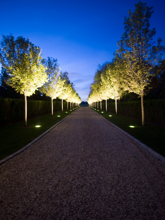 driveway lighting home design ideas pictures remodel and. Black Bedroom Furniture Sets. Home Design Ideas