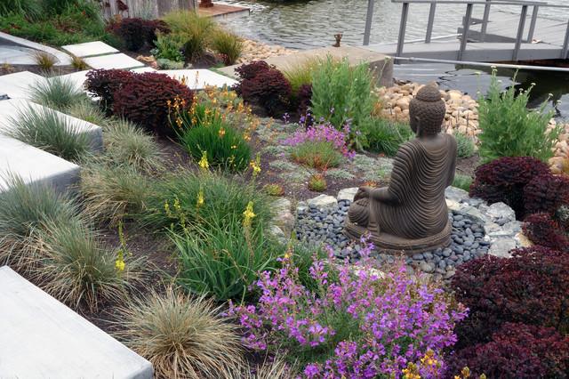 Modern Water Side Landscape Remodel Northern California Contemporary Landscape San