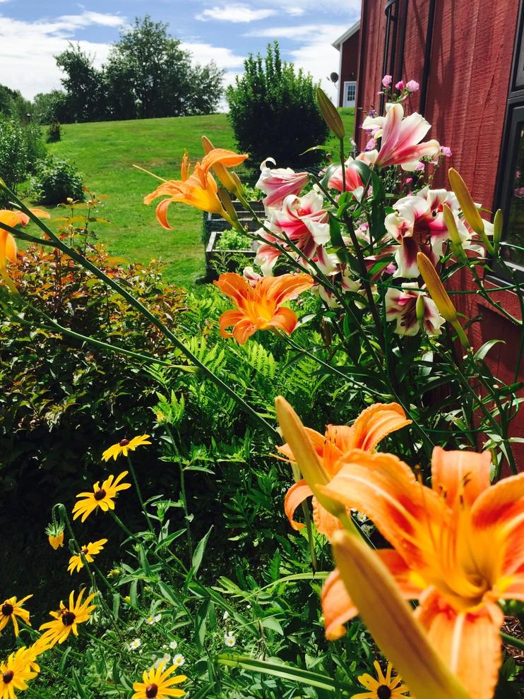 Monitor Barn - Transitional - Landscape - Burlington - by ...