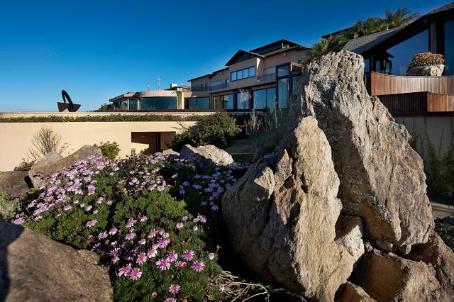 Montain Home eclectic-landscape
