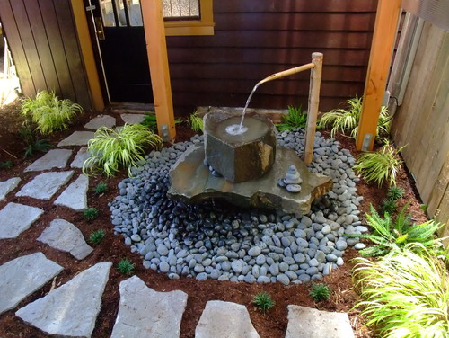 8 simple and practical ideas for water features and fountains for Japanese water feature ideas