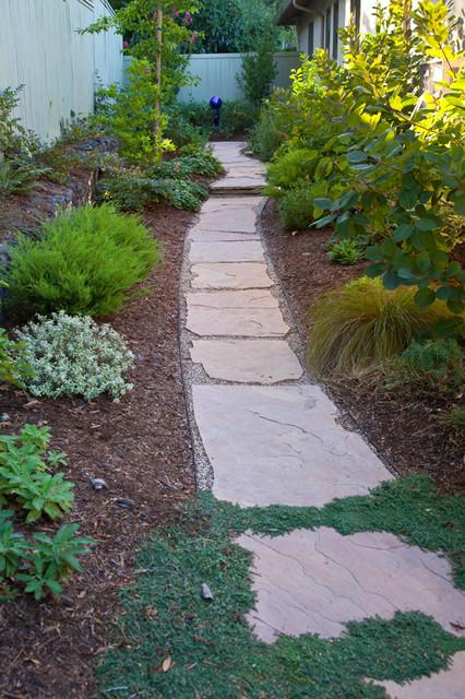 Narrow Side Yard Make Beautiful And Functional