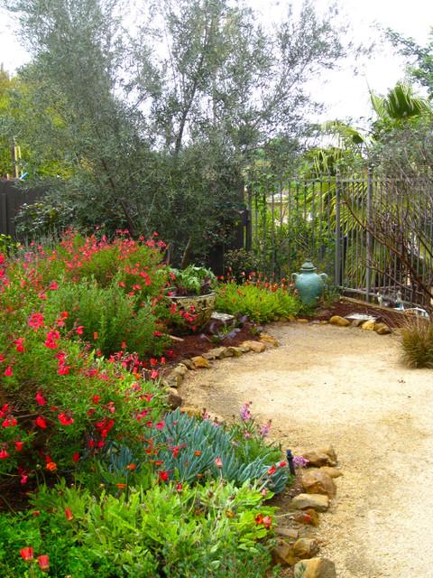 Natural California Style Garden by Shirley Bovshow of EdenMakersBlog.com mediterranean-landscape