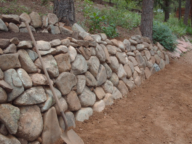 Dry Stack Fieldstone Retaining Wall : Natural dry stack wall in colorado by mountaineer