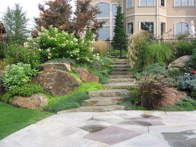 Natural Landscape Design Patio Traditional Garden